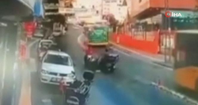 Sarıyerde feci motosiklet kazası kamerada