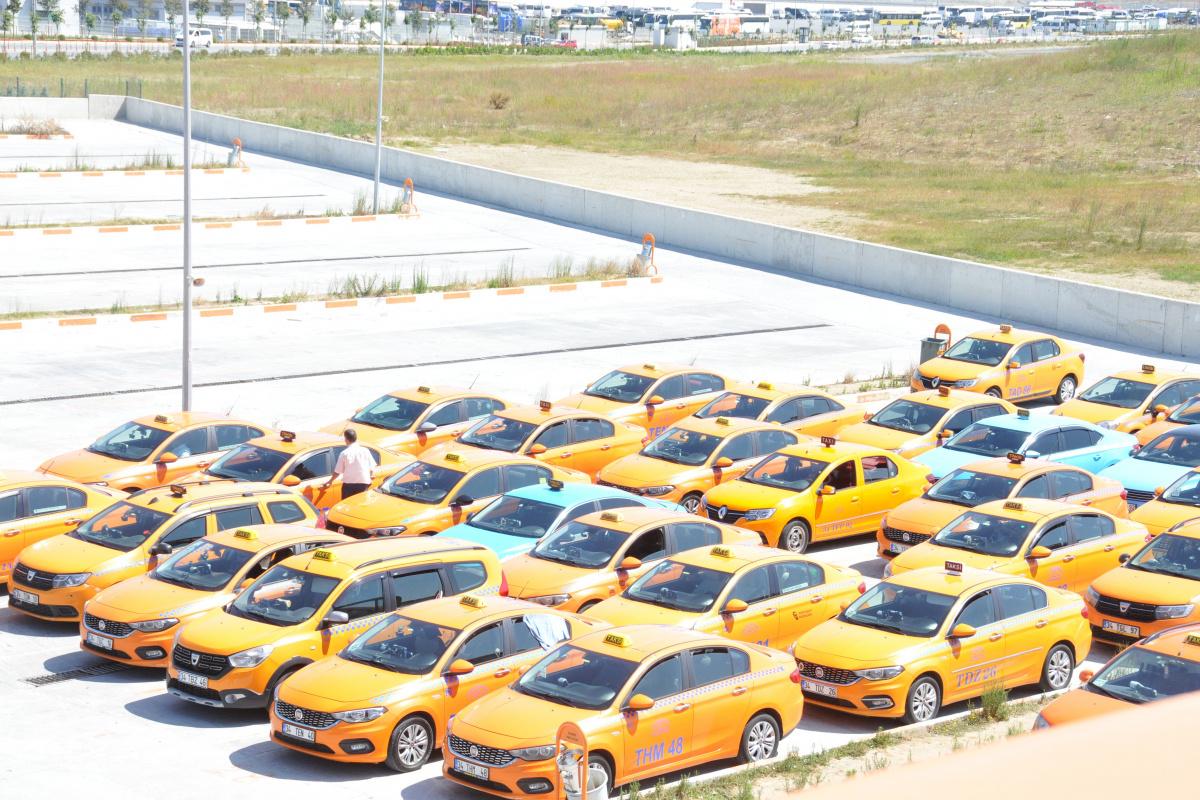 İBB ile İstanbul Havalimanı taksicileri anlaştı