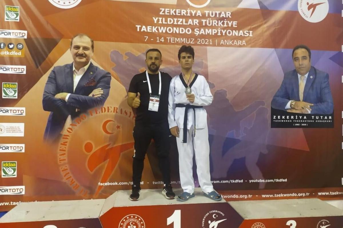 Ahmet Evkaya gümüş madalya kazandı