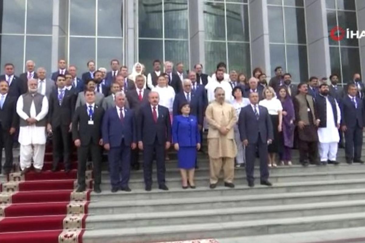 TBMM Başkanı Şentop, Azerbaycan-Pakistan-Türkiye Üçlü Parlamento Toplantısı'na katıldı