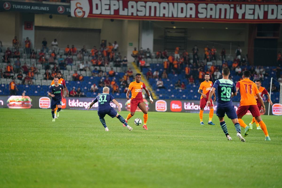 Galatasaray Devler Ligi'ne havlu attı