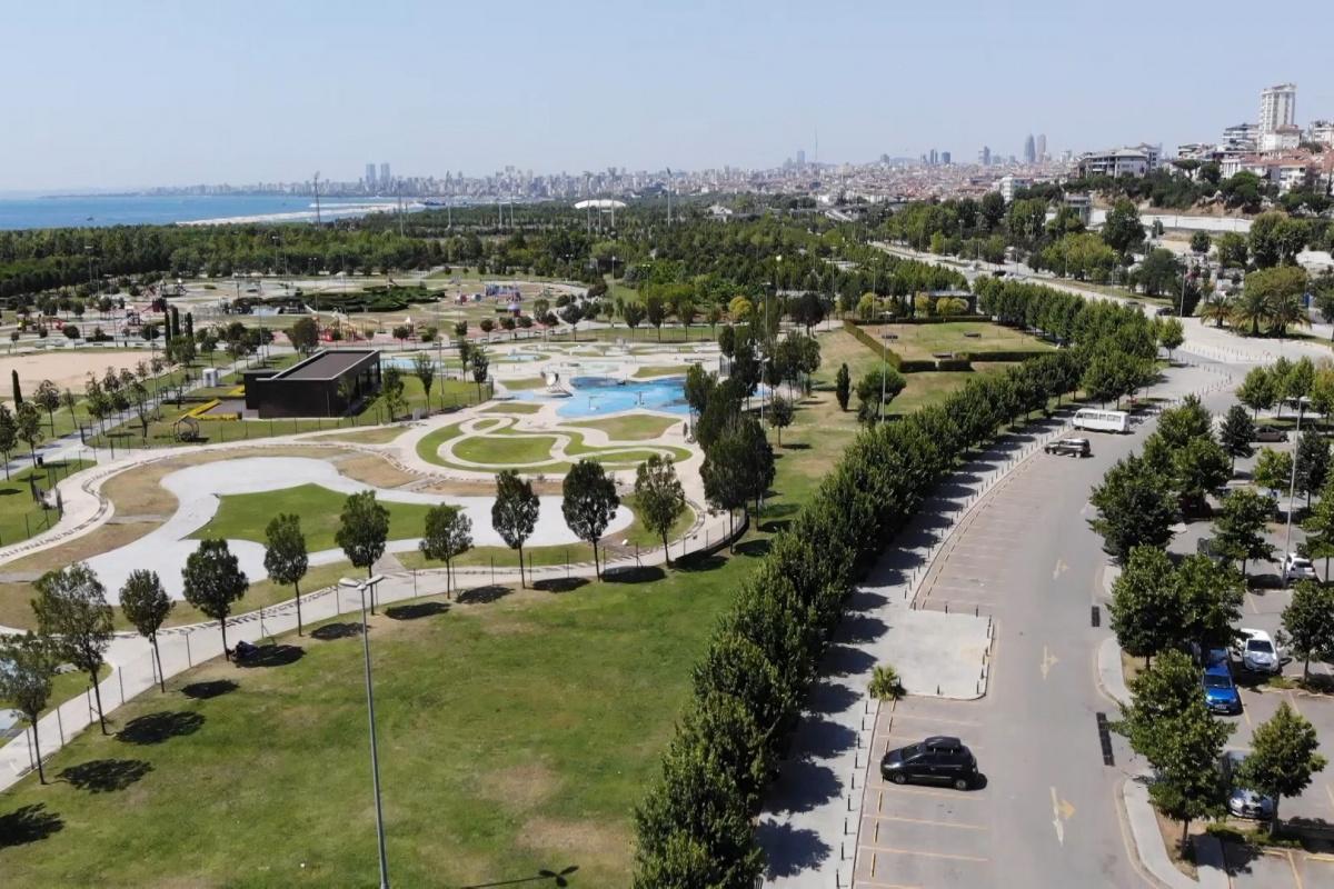 Termometreler 30 dereceyi aştı, İstanbul'da sahiller boş kaldı