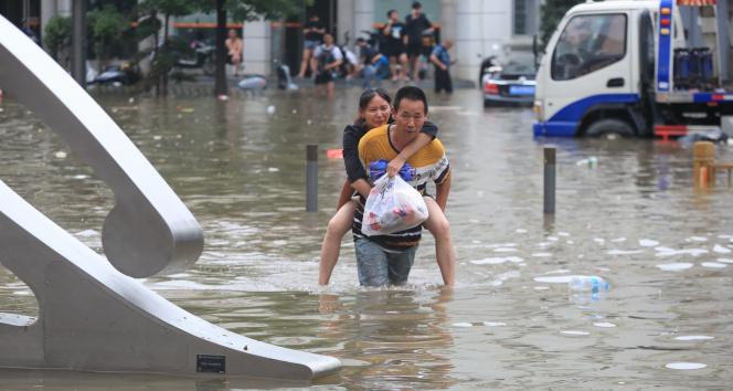 Çindeki sel felaketinde can kaybı 99a yükseldi