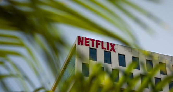 Netflixten ABDdeki yapımlarında yer alan ekiplere aşı zorunluluğu