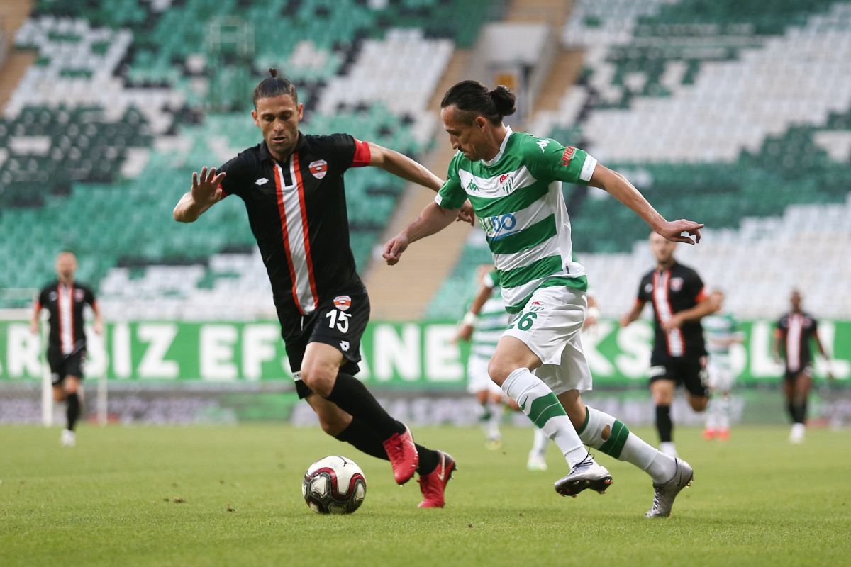Bursaspor, transfer tahtası için Serdar Özkan'la anlaşma sağladı