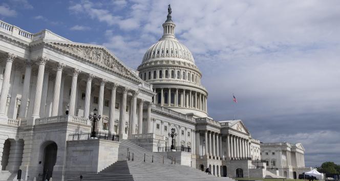 ABD Kongre Binasında maske takma zorunluluğu getirildi