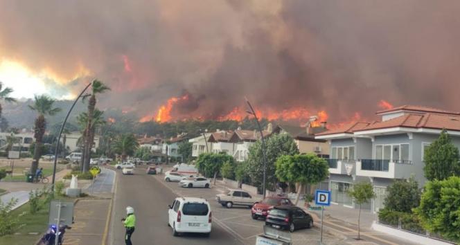 Marmariste ilk belirlemelere göre 1 fabrika, 27 ev ve 1 araç yandı