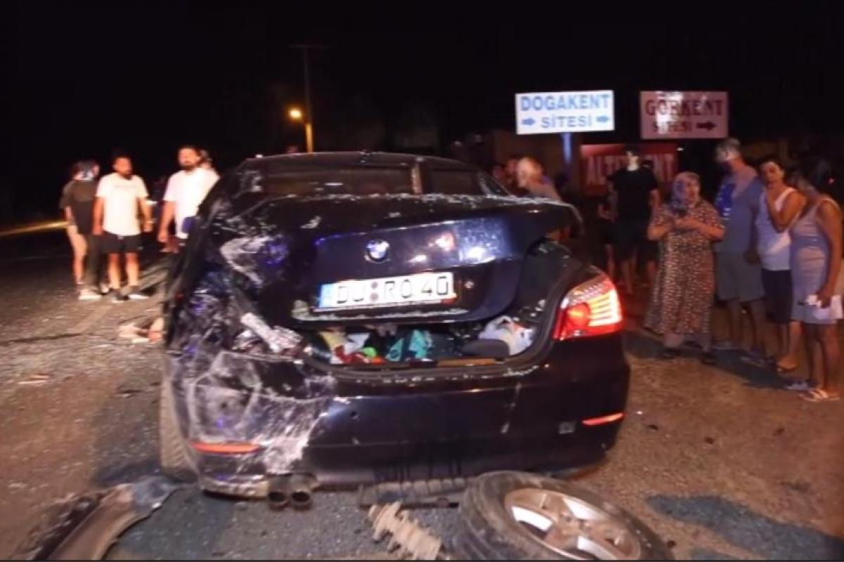 Ayvalık'ta zincirleme trafik kazası; 6 yaralı