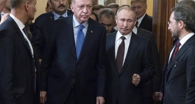 Putin ile Erdoğan, Türkiyedeki yangınları görüştü