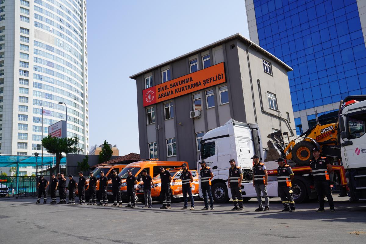 Ümraniye Belediyesi'nden Antalya'daki yangın bölgesine destek