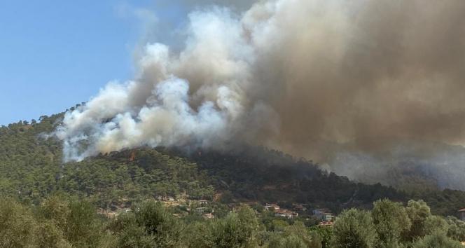 Marmaris yangını tekrar parladı, alevler Hisarönünde yerleşim yerlerine yaklaştı