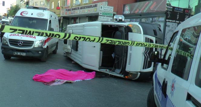 Ümraniyede 1 kişinin öldüğü 6 kişinin yaralandığı minibüs kazası kamerada