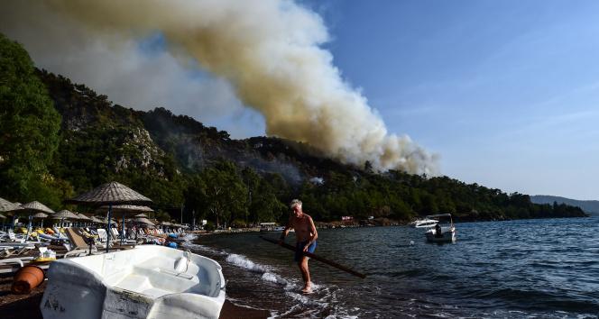 Marmariste tatil ve yangın bir arada