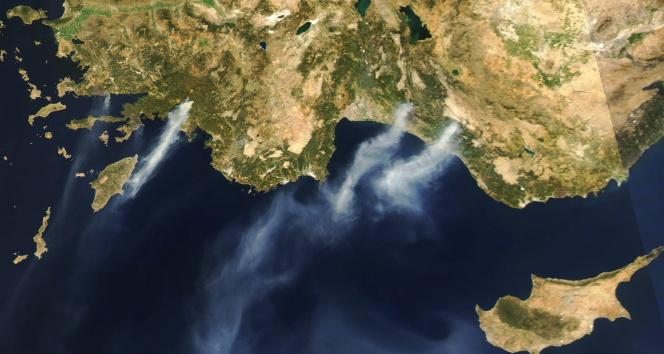 Köyceğiz yangınının dumanları Rodosa ulaştı