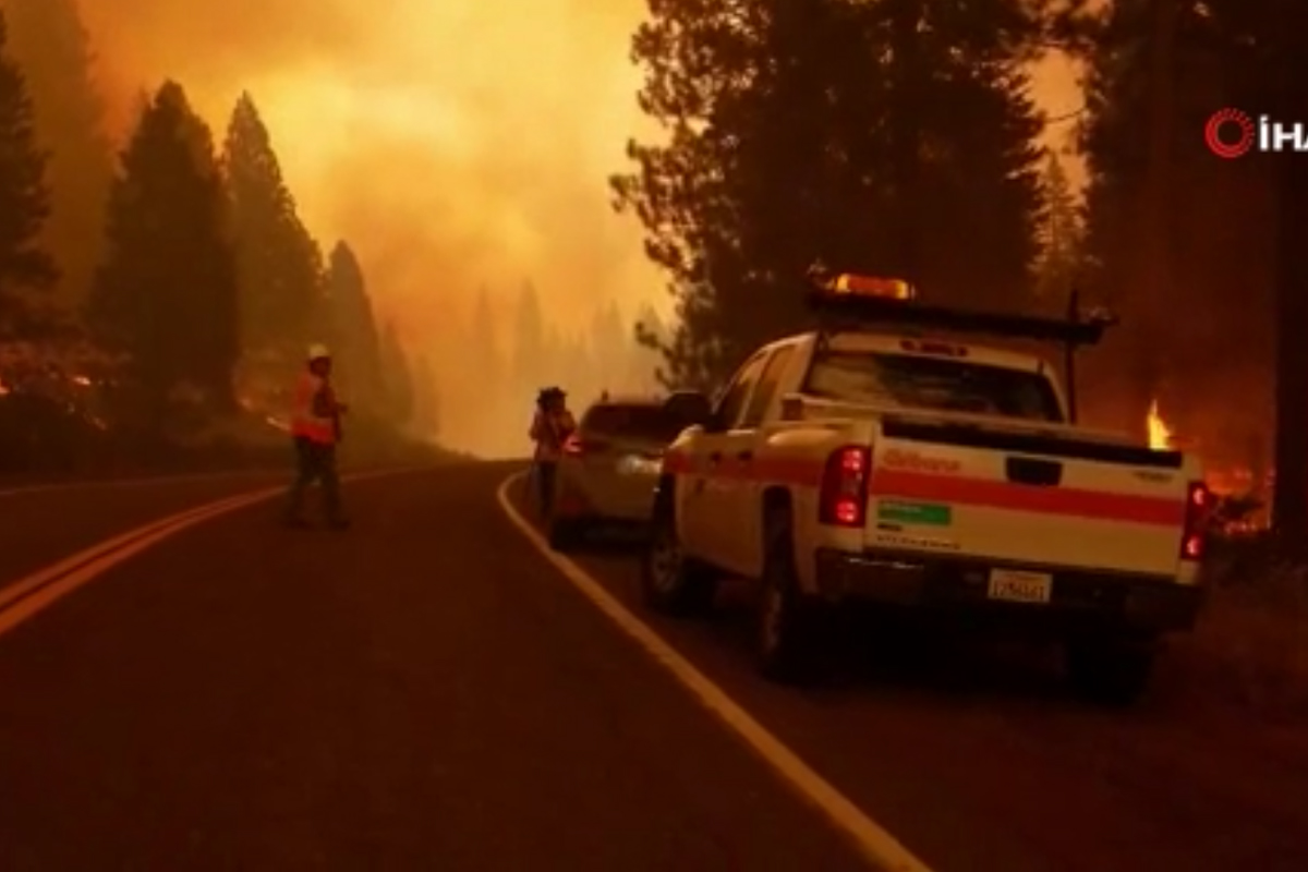 California'da yangınlar devam ediyor