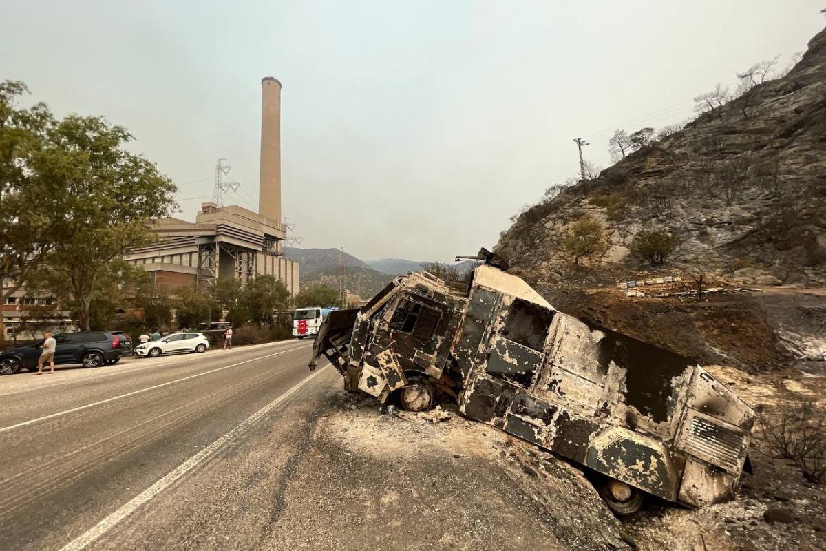 Yangından sonra Termik Santral bölgesi böyle görüntülendi
