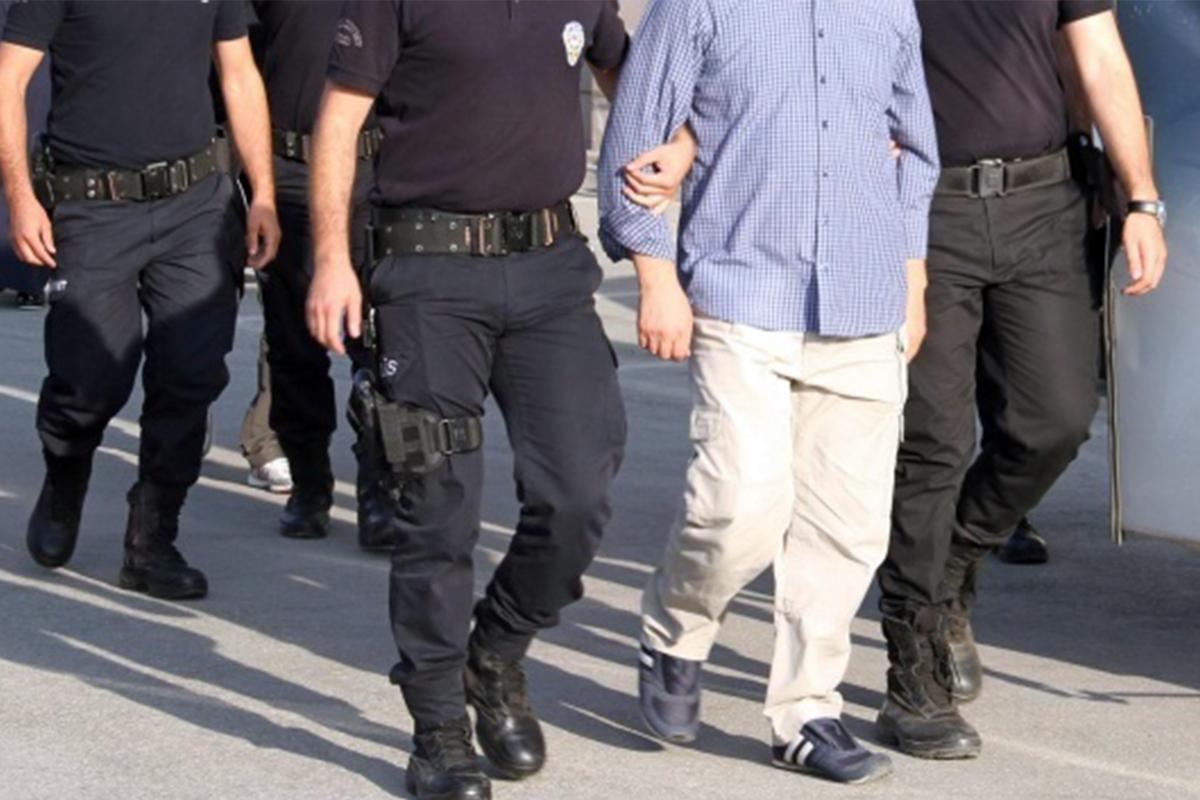 FETÖ'nün 'gaybubet' yapılanmasına operasyon: 9 gözaltı