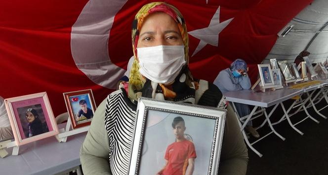 HDP önündeki aileler, evlat nöbetine kararlılıkla devam ediyor