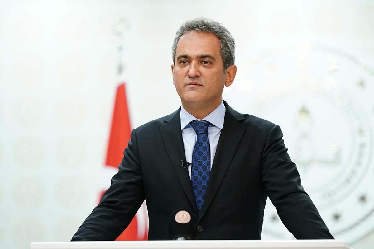 Bakan Özer: 'Hem yangın bölgesinde hem de sel bölgesinde okullarımız 6 Eylül'de açılacak'