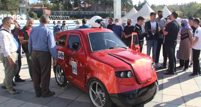 İmam Hatipli öğrenciler elektrikli araba üretti, Elon Muskın Teslasına rakip çıktı