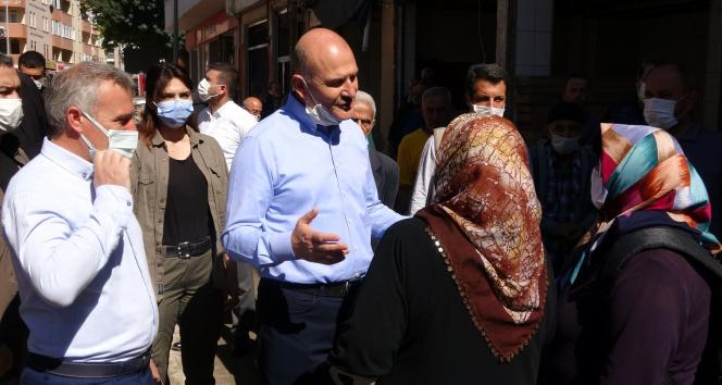 Bakan Soyludan selzede kadına: Cumhurbaşkanı talimat verdi, 1 yılda evlerinize gireceksiniz