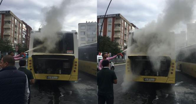 Gaziosmanpaşada İETT otobüsünde yangın çıktı