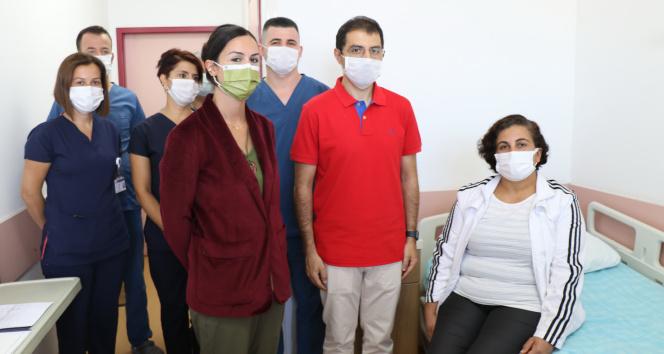30 yıllık hemşire kulağında nabız sesiyle doktora başvurdu, hayatının şokunu yaşadı