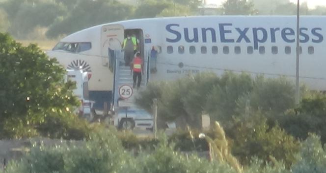 Yolcusu kalp krizi geçiren uçak Edremite acil iniş yaptı