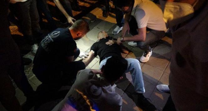 Diyarbakırda yol kenarındaki 2 genç silahlı saldırıya uğradı