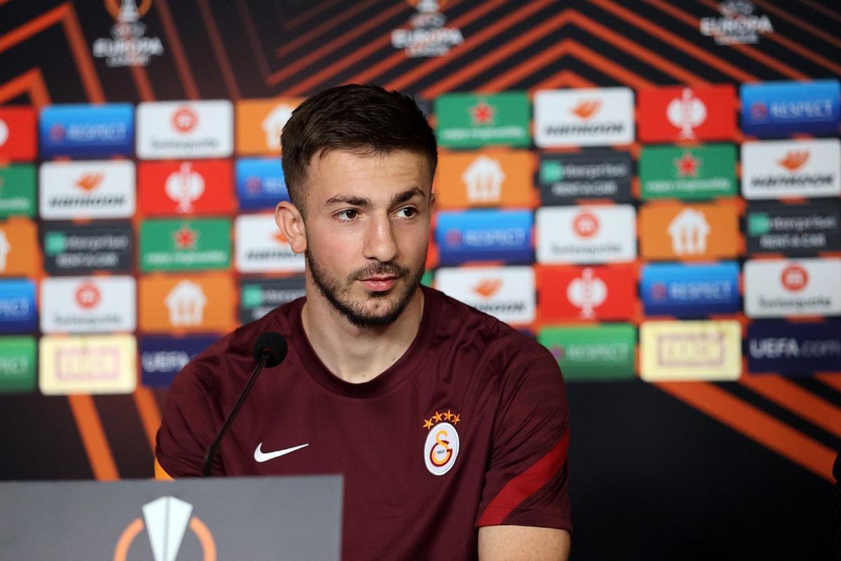 Halil Dervişoğlu: 'Bu sezon da gelmek isteğim yer Galatasaray'dı'