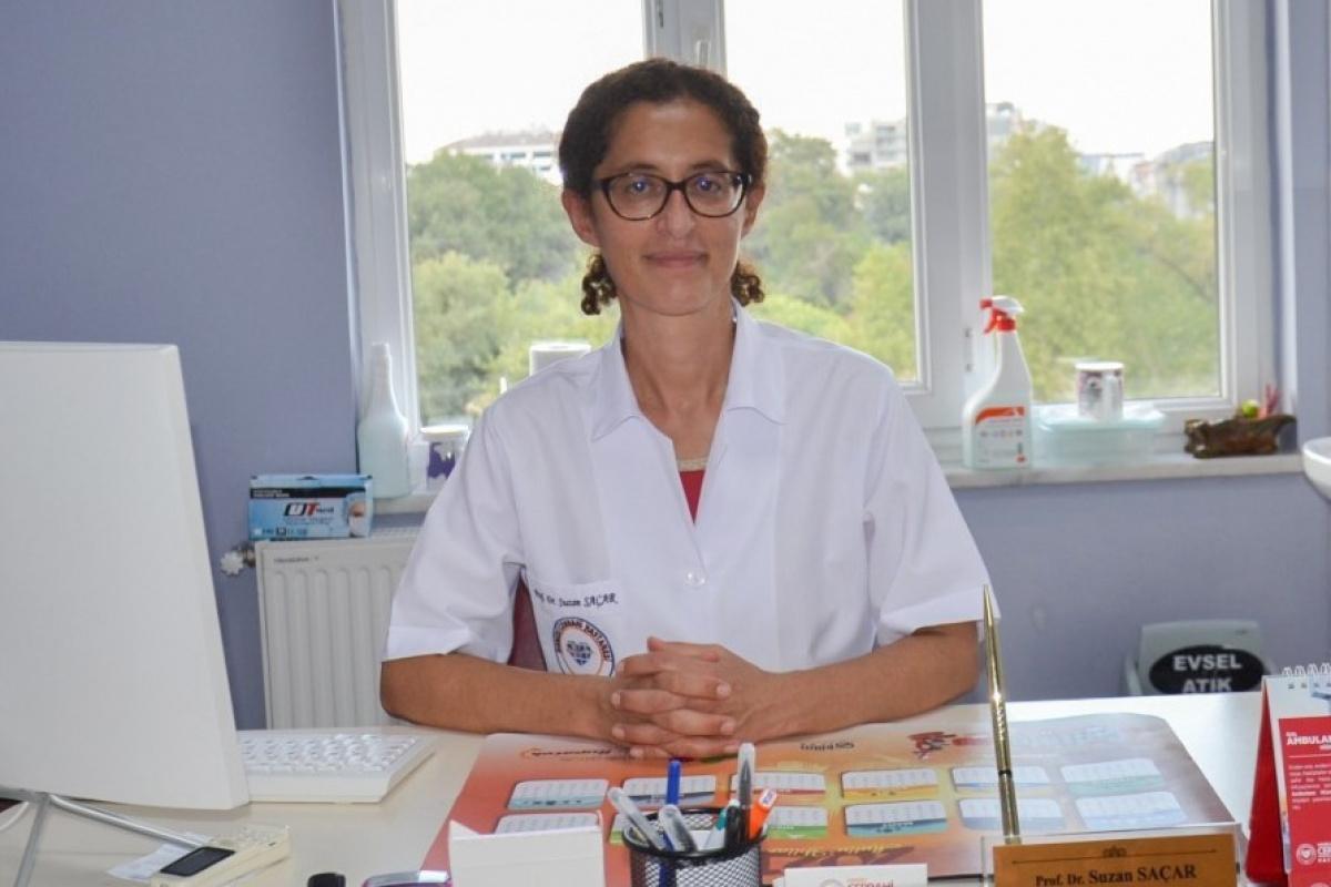 Aşı hakkında merak edilen soruları yanıtlayan Prof. Dr. Saçar'dan 'Aşı olun' çağrısı