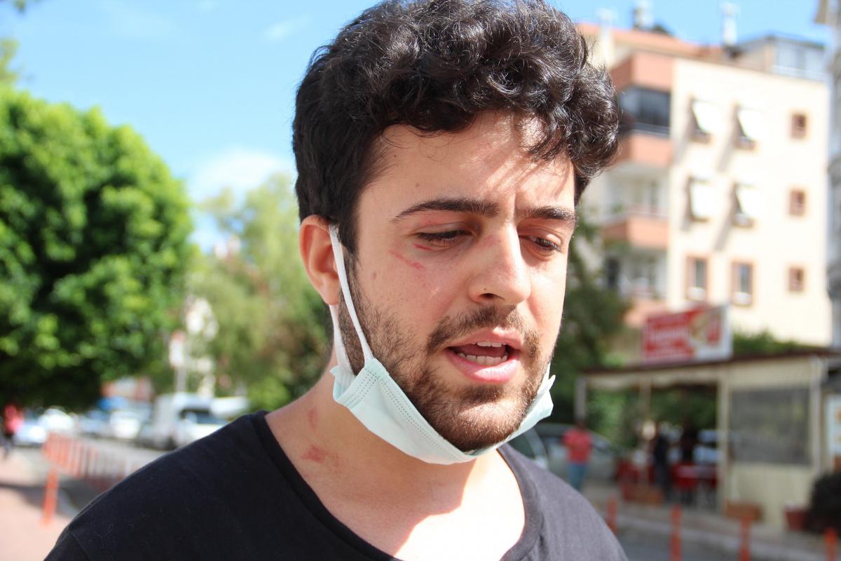 Sokakta köpeklerini gezdiren üniversite öğrencisine saldırı