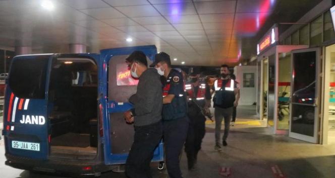 Yurt dışına kaçmaya çalışan 6 FETÖ şüphelisinden 5i tutuklandı