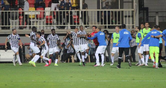 Süper Lig: Altay 2 - 1 Göztepe