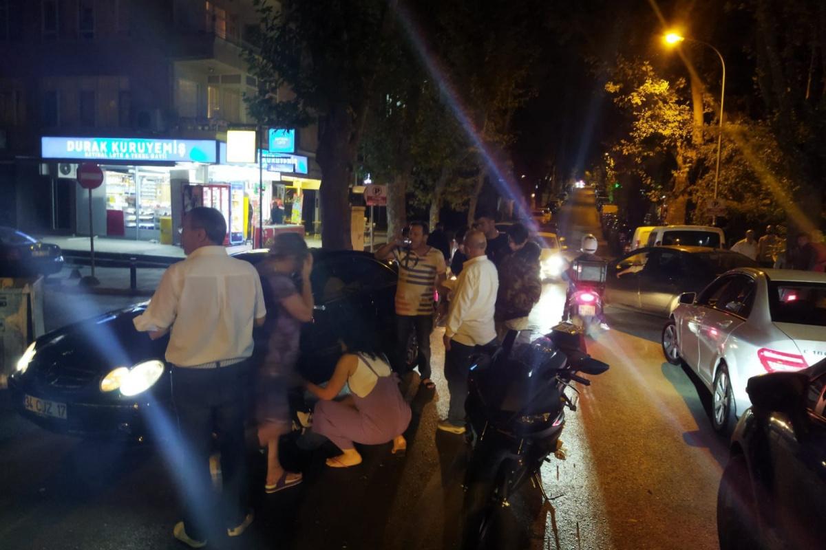 Kadıköy'de genç fenomen Aleyna Yaren motosikletiyle kaza yaptı