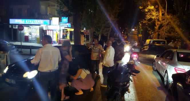 Kadıköyde genç fenomen Aleyna Yaren motosikletiyle kaza yaptı