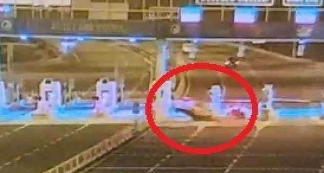 İzmirde hakim kazada hayatını kaybetti: Kaza anları kamerada
