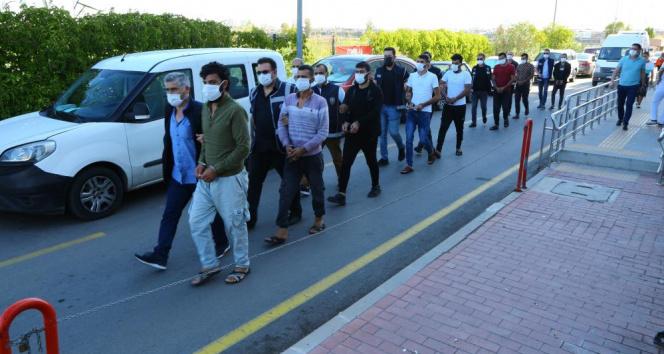 Adanada 4 göçmen kaçakçısı tutuklandı
