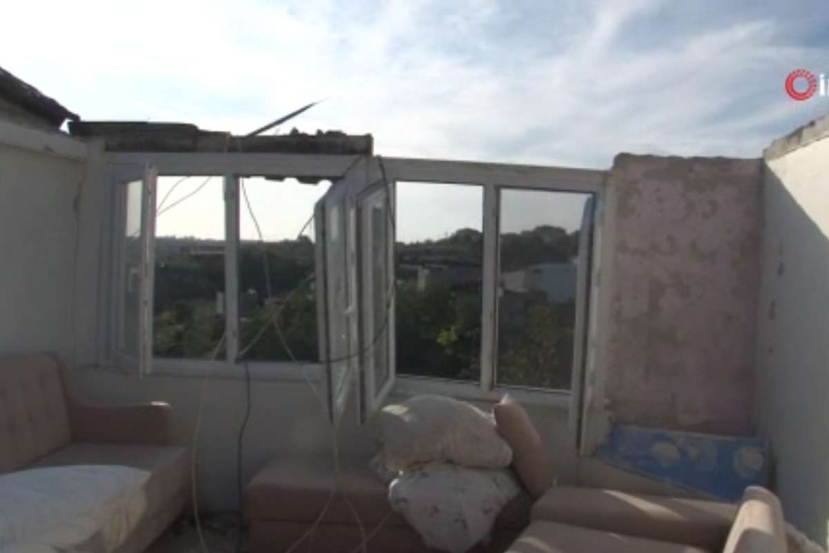 Sultangazi'de fırtınada hasar gören 40 bina için hasar tespit çalışması yapıldı