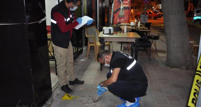 Karamanda 1.5 saat arayla aynı iş yerine ikinci silahlı saldırı: 2 yaralı