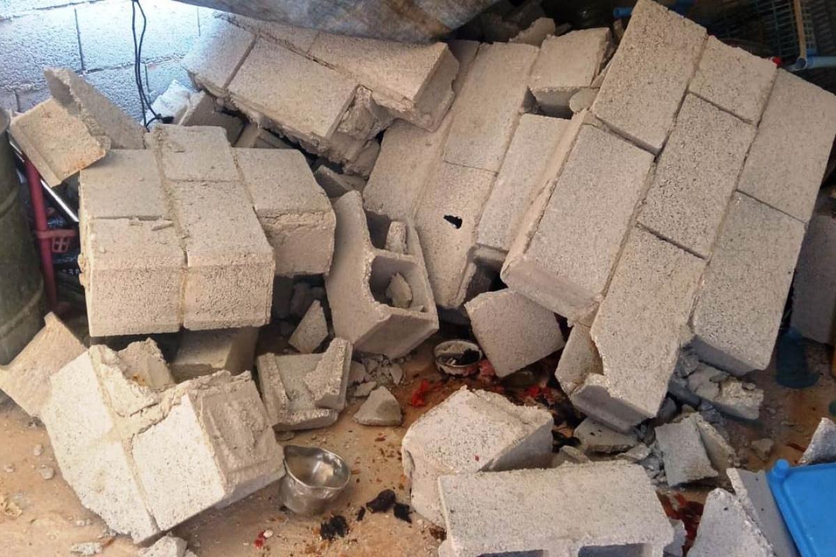 Şanlıurfa'da çöken duvarın altında kalan kadın yaralandı
