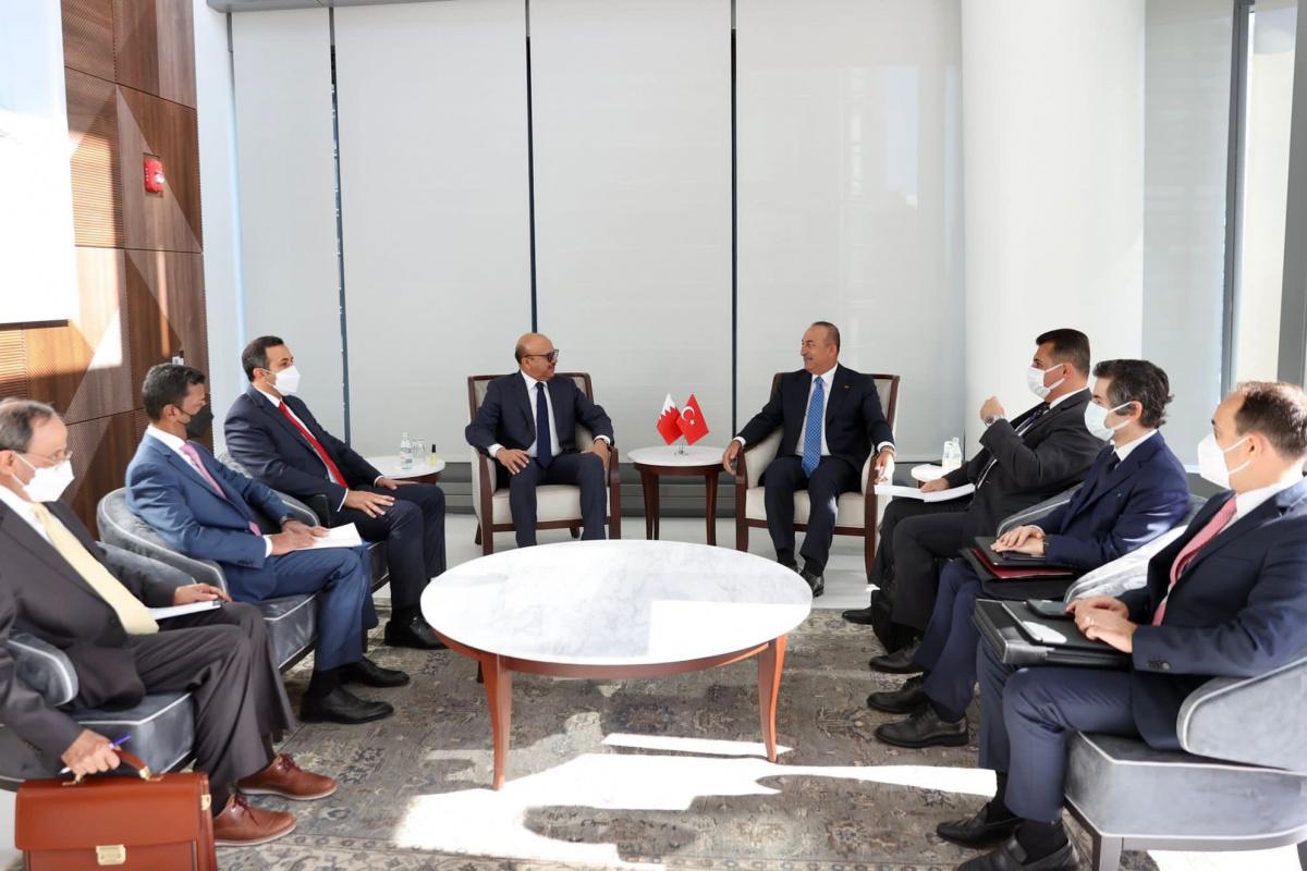 Çavuşoğlu, Bahreyn Dışişleri Bakanı Al Zayani ile görüştü