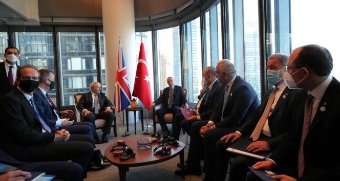 Cumhurbaşkanı Erdoğan, İngiltere Başbakanı Johnsonu kabul etti