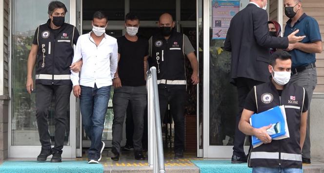 Ehliyet sınavında maskesine kamera, kulağına böcek yerleştiren kopyacı, hakim karşısında