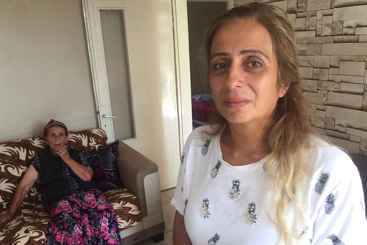 Uyuşturucu bağımlısı genç annesi ve babaannesini darp etti