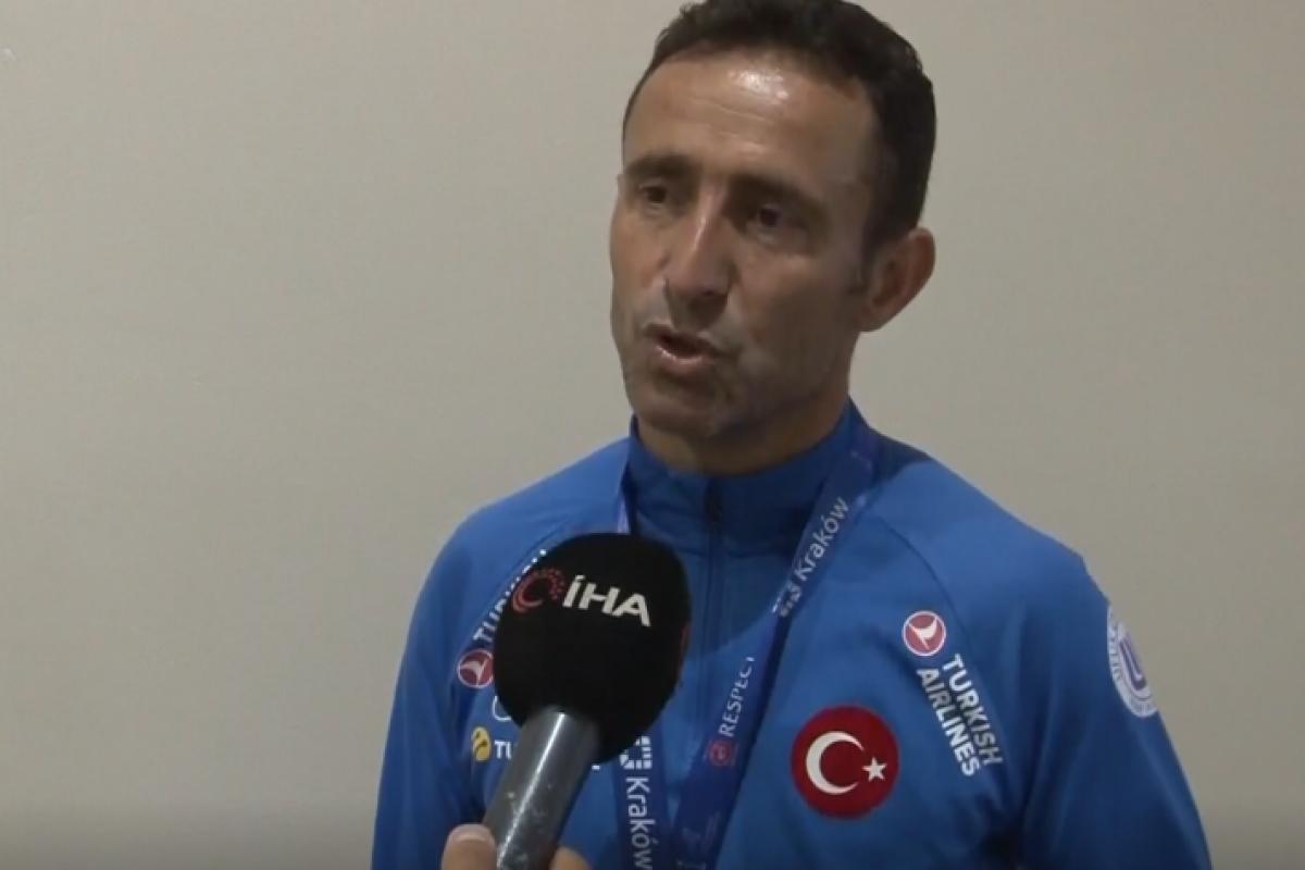 Osman Çakmak: 'Şampiyonluk Türk milletine armağan olsun'