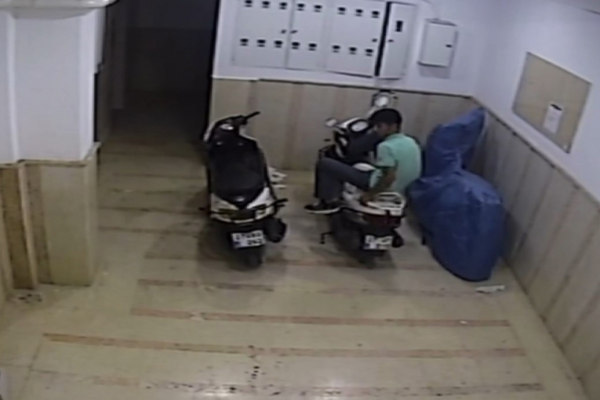 Motosiklet hırsızlarının rahatlığı 'pes' dedirtti