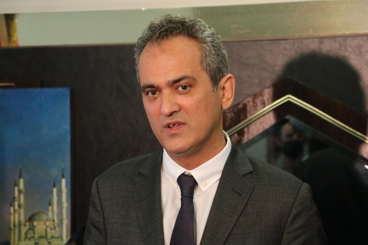 Milli Eğitim Bakanı Mahmut Özer: 'Okulların açık olması milli güvenlik meselesidir'