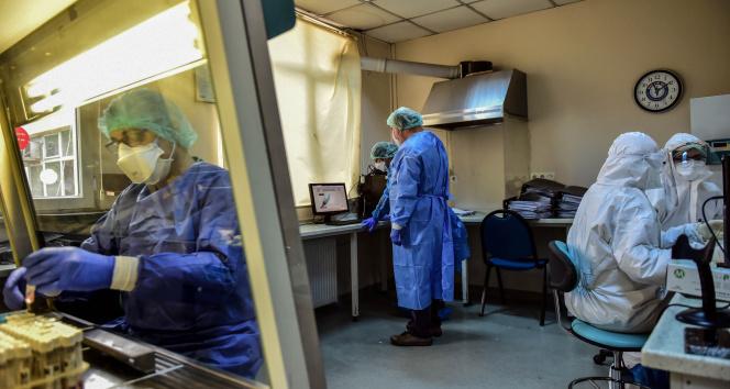 Son 24 saatte korona virüsten 221 kişi hayatını kaybetti