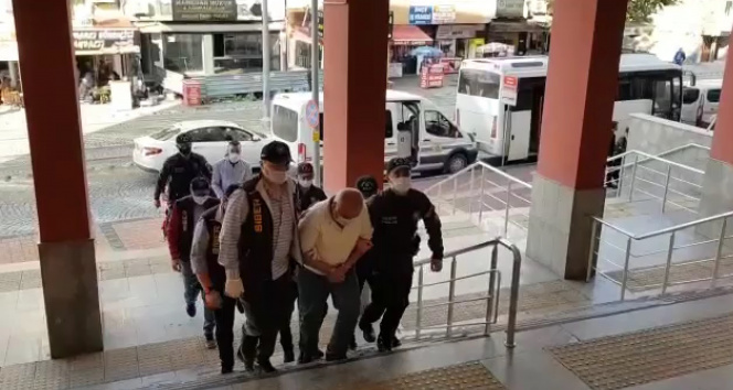 Sahte konteyner satarak vurgun yapanlara operasyon: 9 tutuklu